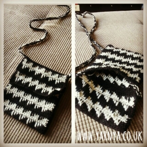 Mash together patterns or use small parts to test your creativity www.yarnya.co.uk Small Spike Stitch Bag