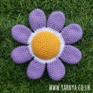 Friday Find (4th September 2015) - Yarndale (Flowers for Memories) www.yarnya.co.uk