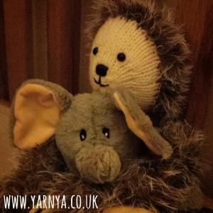 Sunday Sevens (27th September 2015) www.yarnya.co.uk larry the sloth and humphrey the elephant